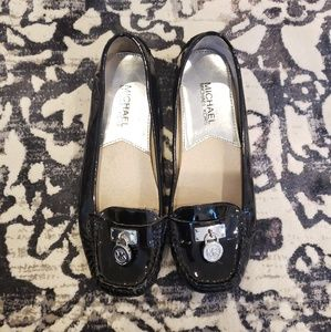 MICHAEL KORS • black loafer flats
